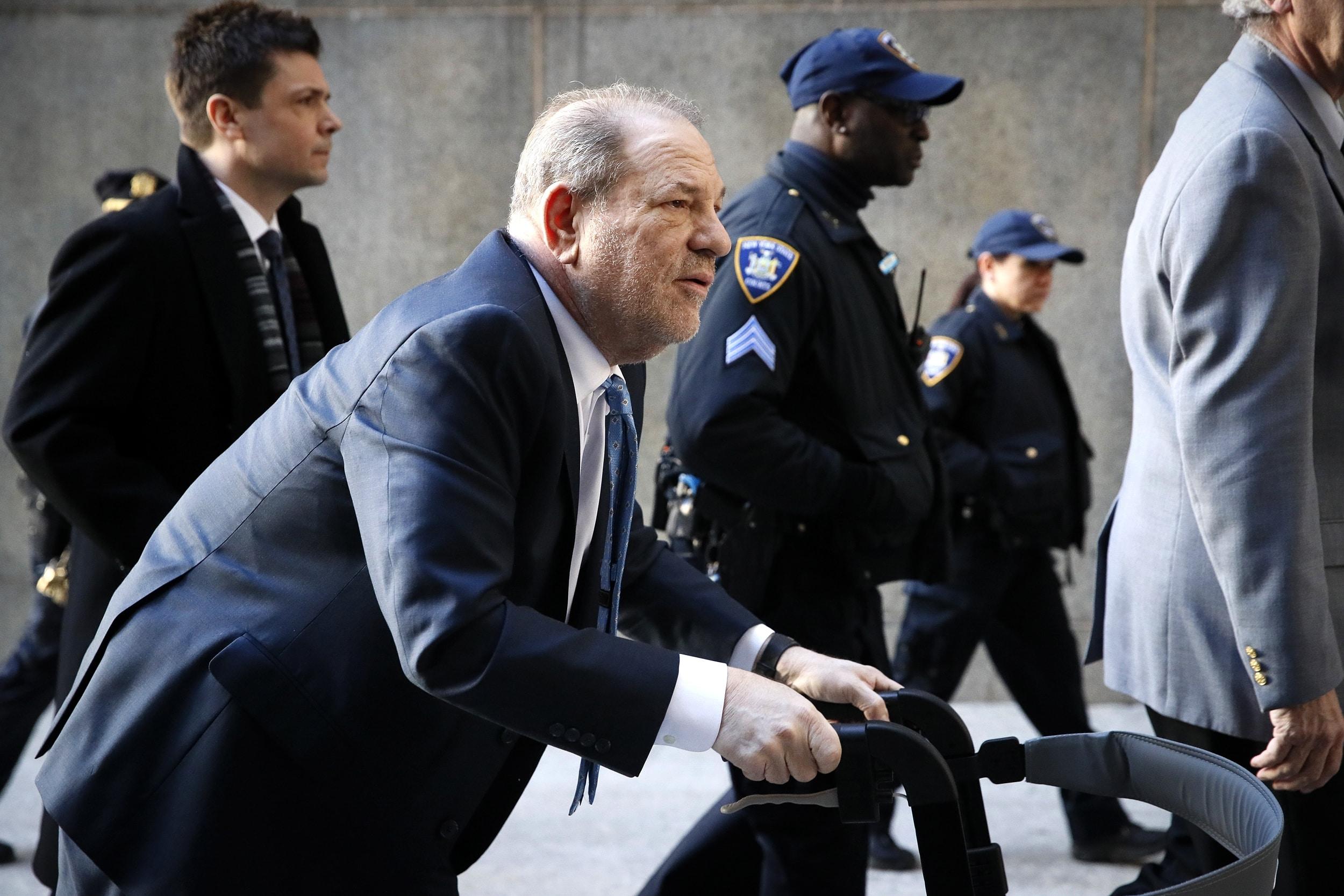 Weinstein condannato in attesa di un altro processo per violenza sessuale